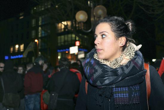 """Demonstrantin Sarah """"Wir sollten alle Antifaschisten sein"""""""